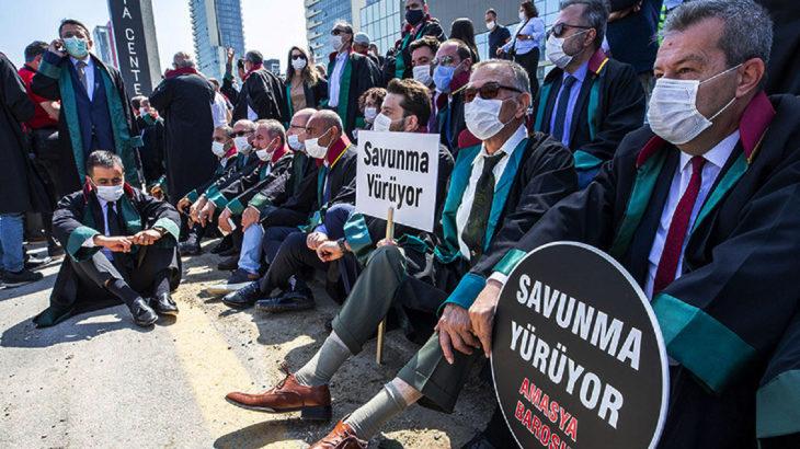 'Çoklu baro' eylemine katılan 23 avukata soruşturma