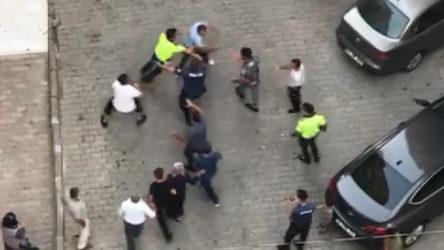 İstanbul Küçükçekmece'de kavga: 4 polis ayıramadı