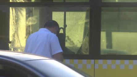 İstanbul'da seyir halindeki metrobüse kurşun atıldı