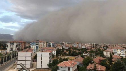 Toz fırtınası bu kez Konya'da