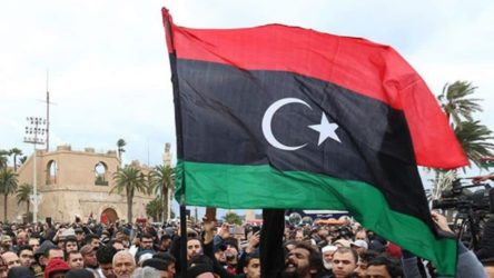 Libya'nın doğusundaki Tobruk hükümeti istifa etti