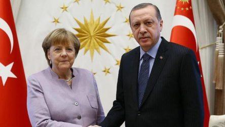 Erdoğan ile Merkel'den Doğu Akdeniz görüşmesi