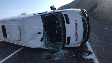 İşçileri taşıyan minibüs devrildi: 20 yaralı