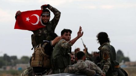 AKP'yi 'Ermenistan'ı titreten haber'le yalanladılar