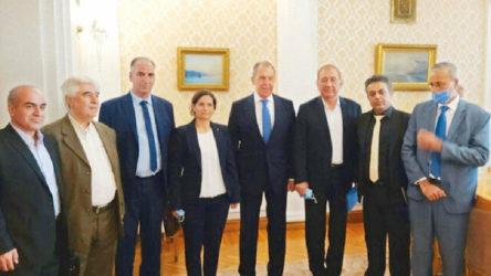 Türk heyeti Moskova'dayken Lavrov YPG heyetini ağırladı