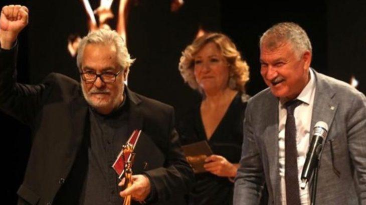 Ödülünü TTB'ye adayan Rutkay Aziz, MHP'nin hedefinde