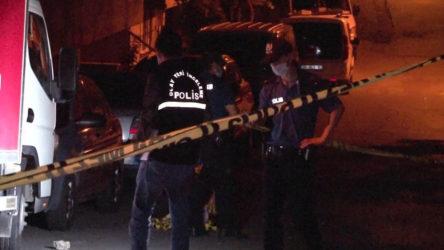 Yan bakma kavgası: Dövüp silahla vurdular