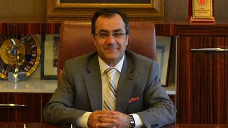 'FETÖ'den yargılanan' vali yardımcısı hala görevde
