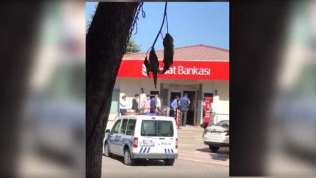 Çiftçi borç batağında... Banka önünde kendini yaktı!