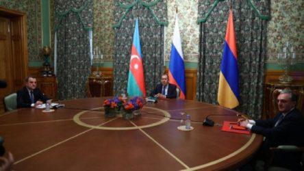 Aliyev: Görüşmelere Türkiye de katılsın