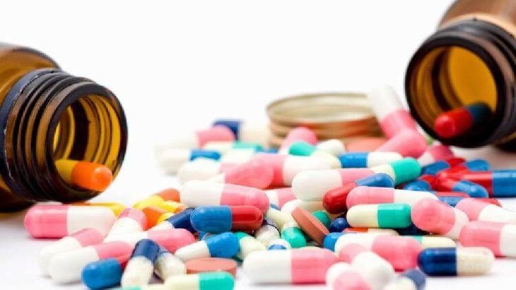 Eczacılardan Covid-19 ilaçlarının eczaneler harici satışına tepki
