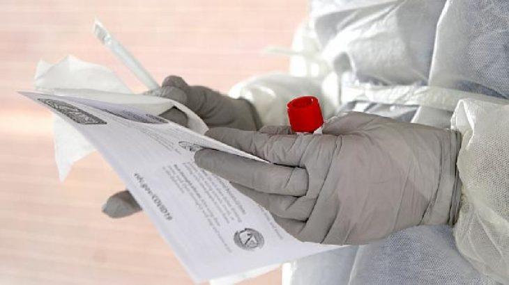 Koronavirüse yakalanan memurun maaşında kesinti