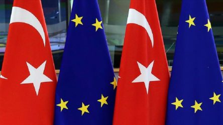 AB Komisyonu'ndan Erdoğan'a tepki