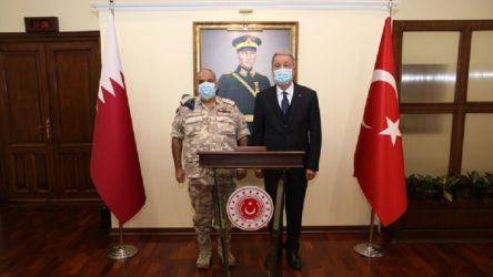 Akar, Katar Genelkurmay Başkanı'yla görüştü