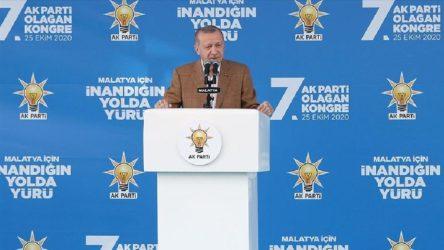 Erdoğan: Macron'un kontrolden geçmesi lazım