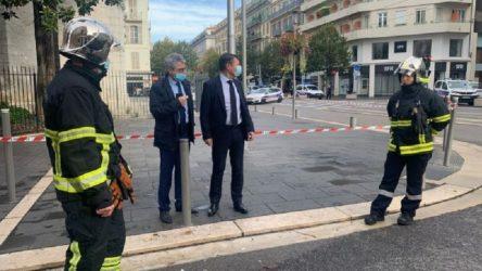 Fransa'da kilise önünde saldırı: Saldırıda bir kadın başı kesilerek, bir erkek ise boğazı kesilerek öldürüldü
