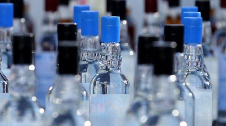 Otel odasında 1108 litre sahte içki ele geçirildi