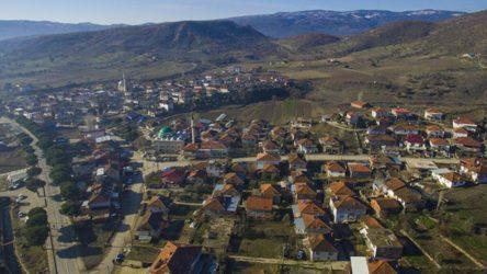 Manisa Demirci'de 2 mahalle karantinaya alındı