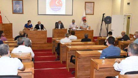 Belediyede AKP-MHP kavgası: Biz şerefsiz miyiz?