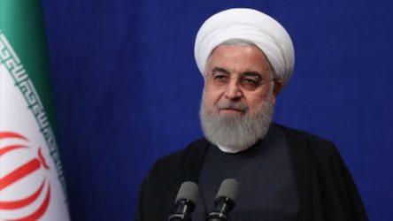 Ruhani: ABD yaptırımları ülkenin ekonomisi üzerinde ağır şartlar meydana getirdi