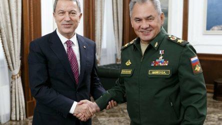 Akar, Rusya Savunma Bakanı Şoygu ile görüştü