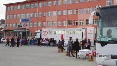 Okullar açıldı... 240 kişi karantinada!