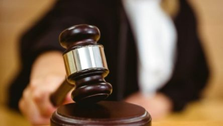 Yargıtay'dan emsal karar: Kadın işçiyi taciz eden tazminatsız işten çıkarılacak