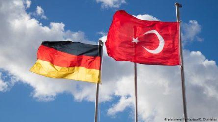 Almanya Türkiye'yi riskli ülke konumuna aldı