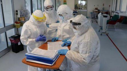 50 sağlık çalışanın koronavirüs testi pozitif çıktı