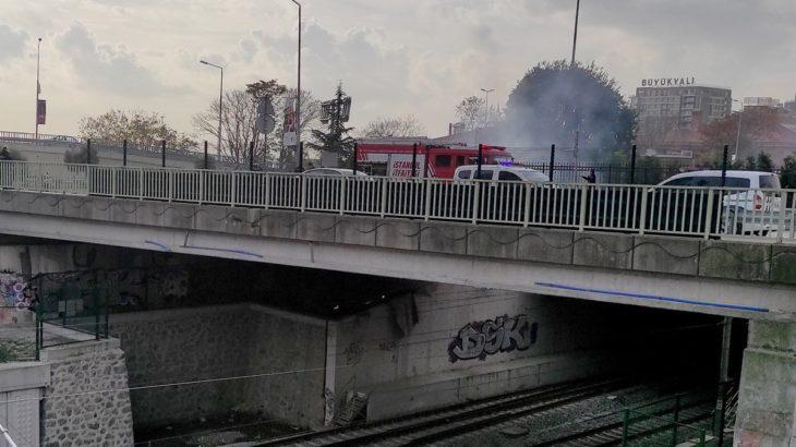 Marmaray seferleri yangından kaynaklı aksadı