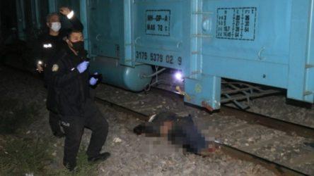 Adana'da yük treninin çarptığı kişinin kolu koptu