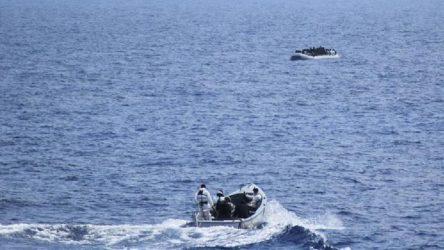 Akdeniz'de göçmen faciası: 74 göçmen boğularak can verdi