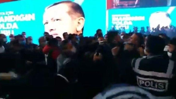 AKP il kongresi karıştı: Polis müdahale etti