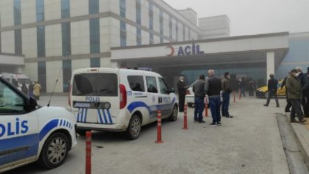 Hastane otoparkında yangın çıktı: Dumanlar acil servisi kapladı