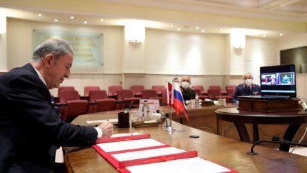 Dağlık Karabağ'da Rusya ve Türkiye merkezinin oluşturulmasına ilişkin muhtıra imzalandı
