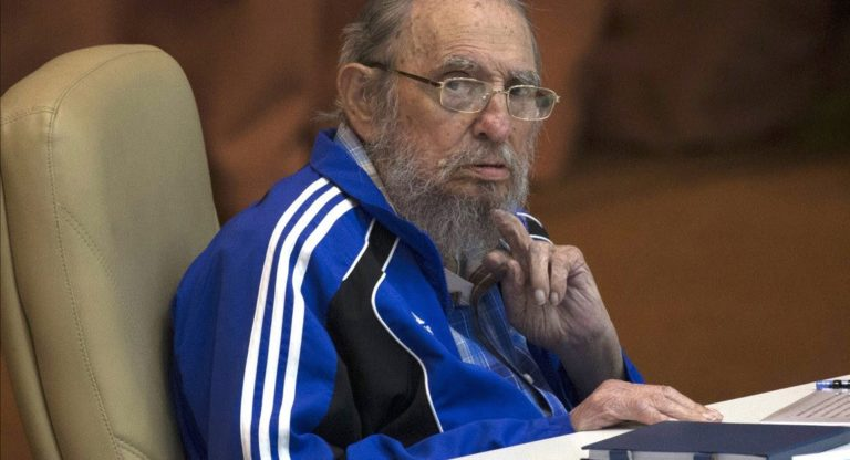 Fidel Castro, Küba Komünist Partisi'nin 7. Kongresi'nin son gününde. Havana, 19 Nisan 2016.