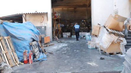 İstanbul'da boya fabrikasında patlama: Yaralılar var
