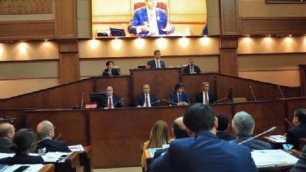 İstanbul'da Deniz Gezmiş adı yasak Nihal Atsız adı serbest!