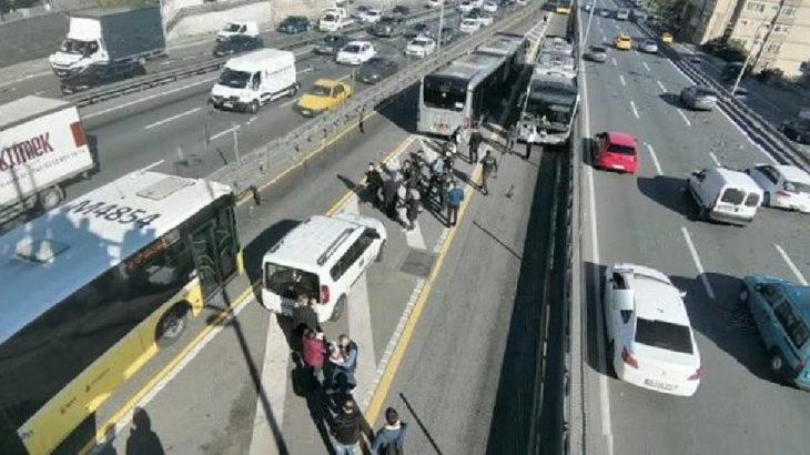 Avcılar'da metrobüs yayaya çarptı: 6 yaralı