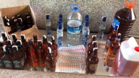 Kayseri'de 3 kişi sahte içkiden zehirlendi