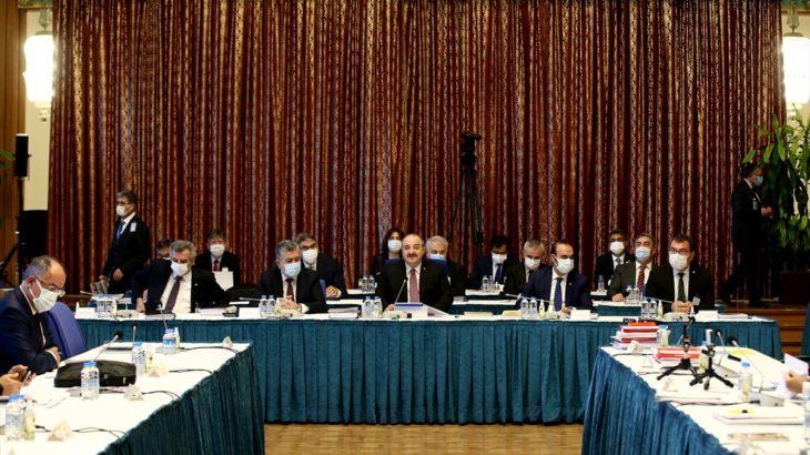 TBMM'de bütçe görüşmelerine korona şoku: HDP'li vekil toplantıda testinin pozitif çıktığını öğrendi