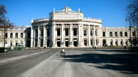 Avusturya'dan 3 haftalık tam kapanma kararı