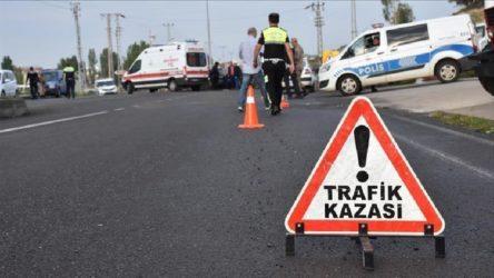 Tır ve yolcu otobüsü çarpıştı: 2 ölü, 12 yaralı