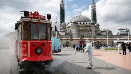Türkiye'de bugün 93 kişi hayatını kaybetti, 3045 yeni 'hasta'