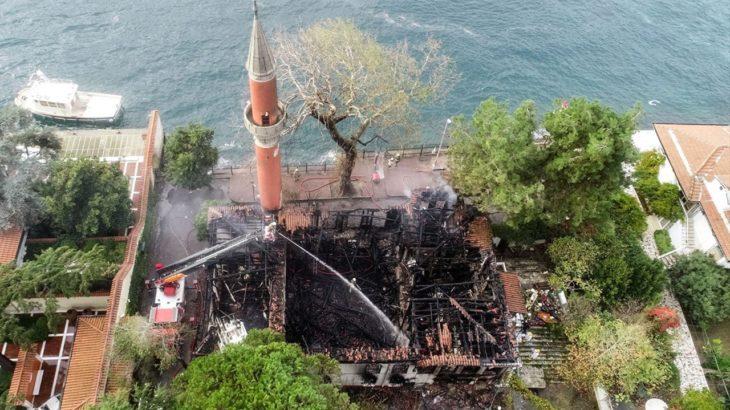 Küle dönen tarihi Vaniköy Camii'nin itfaiye raporu ortaya çıktı