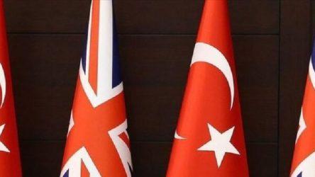Bakan Pekcan: İngiltere ile Türkiye arasında ticaret anlaşması kapsamında imzalar atıldı