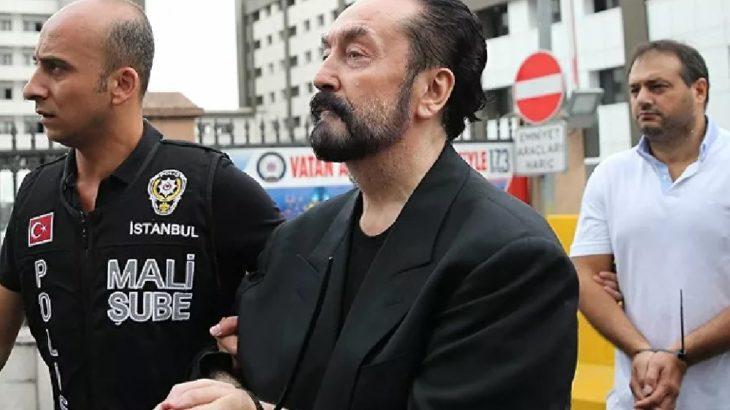 Adnan Oktar'a bin yıldan fazla hapis cezası verildi