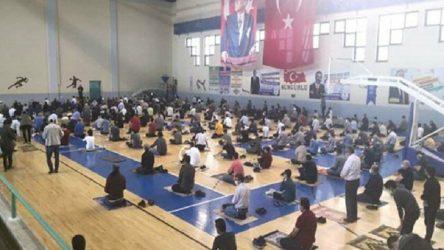 Okulların spor salonları 'cuma namazı'na açılıyor