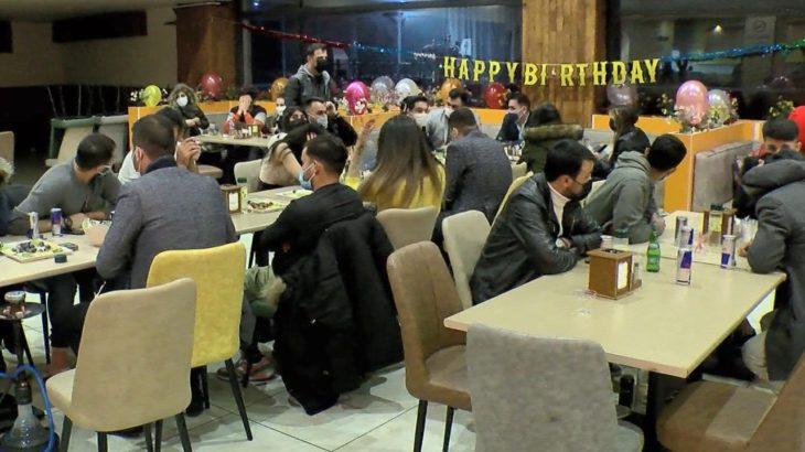 Esenyurt'ta 54 kişilik kaçak doğum günü partisi