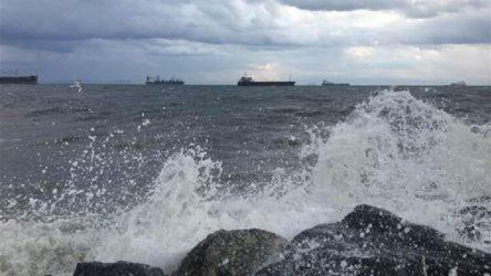 Meteoroloji'den Kıyı Ege ve Antalya için sarı uyarı: Fırtına bekleniyor